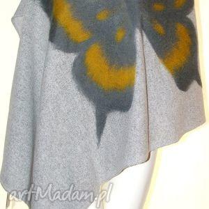 szal wełną zdobiony - wełna, filcowanie, motyle, prezent, dzianina