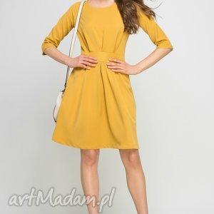 sukienka z rozkloszowanym dołem, suk122 musztarda, rozkloszowana, musztardowa