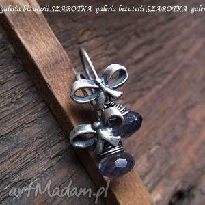 prezentowe romantyczne kolczyki z iolitu i srebra - iolit, srebro, oksydowane, kokarda