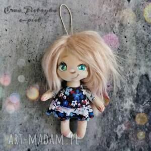 elf - zawieszka figurka tekstylna ręcznie szyta i malowana, aniołek, lalka