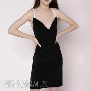 sukienka z ozdobnymi ramiączkami, koraliki, pereły, czarna, sukienka, mini