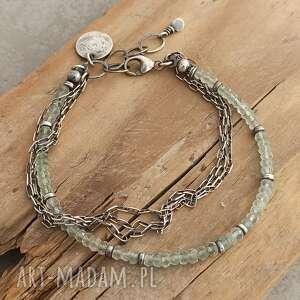 Srebrna bransoletka z akwamarynem i łańcuszkami grey line