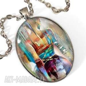 hand-made naszyjniki kobiece piękno - owalny medalion z łańcuszkiem