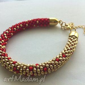 cieniowana, czerwono-złota z koralikow toho, koraliki, szydełkowanie