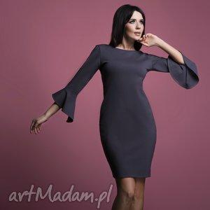 sukienka t161 z falbanką u rękawów, grafitowa - sukienka, wiskoza, elegancka