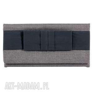 03-0001 srebrna torebka kopertówka wieczorowa do ręki crow, torebki kopertówki