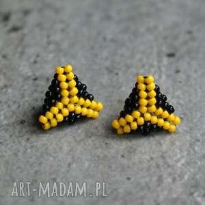 Trójkąty żółte, kolczyki, sztyfty, toho, beading, stal, trójkąty