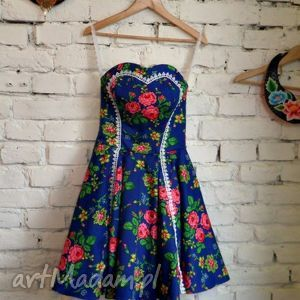 sukienki folk design - szafirowa sukienka z neonowym tiulem, noeon, tiul