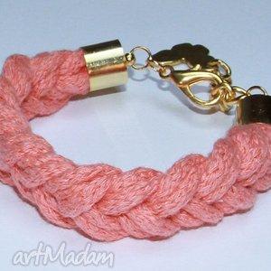 łososiowa bransoleka ze sznurków bawełnianych, warkocz, design, prezent, sznurek