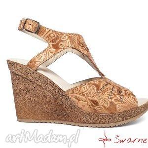handmade buty sandały z tłoczonej skóry