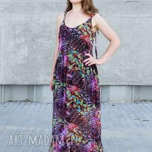 długa sukienka maksi z falbaną, maksi, łączka, zwiewna, drukowana, egzotyczna