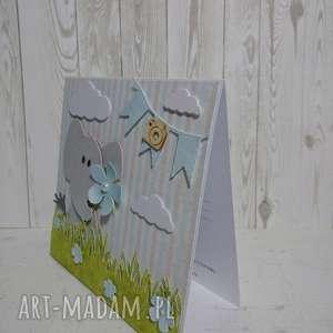 ręcznie robione scrapbooking kartki zaproszenie / kartka słoniatko na łące