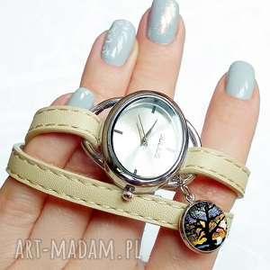 Elegancki zegarek, drzewo, drzewem, życia, owijany, modny, zegarek
