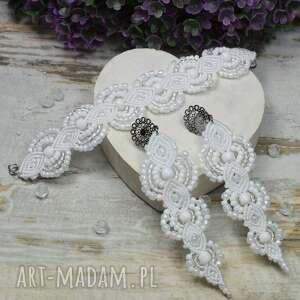 biały komplet biżuterii ślubnej w odcieniach bieli i dodatkiem srebra, biżuteria