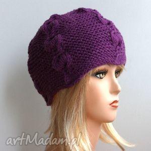 fioletowa czapka - fiolet, warkocze, gruba, ciepła, czapka
