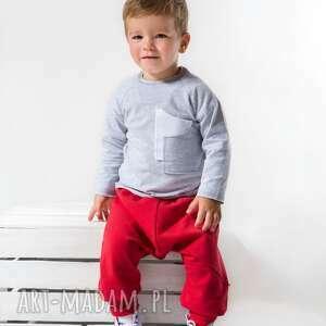 ubranka szara bluzeczka z kieszonkami , moda dla dziecka
