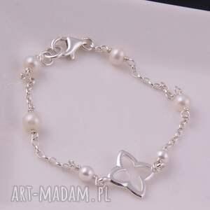 Delikatna bransoletka z białych pereł - hand-made