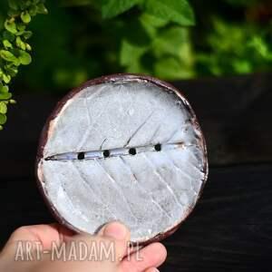 ceramiczna mydelniczka, talerzyk na mydło, podstawek drobiazgi - liść beżowy