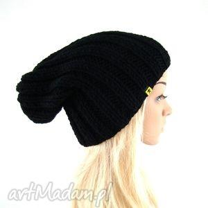 Prezent czarna czapka ściągaczowa damska, czapka, czapa, czapeczka, jesień, zima