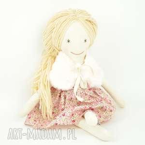 Lala o waniliowych włosach, lalka, szmaciana, szmacianka