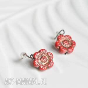 anemonki - kolczyki ze szklanymi kwiatkami, małe kolczyki, sztyfty