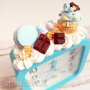 słodki budzik - czekolada, słodycze, fimo, modelina, bydzik, prezent