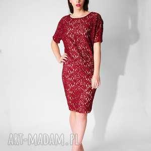 Czerwona sukienka z koronki sukienki non tess koronka, koronkowa