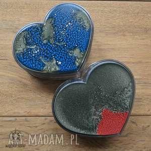 Prezent Zestaw prezentowy Serca I: 2 malowane pudełka w kształcie serc,
