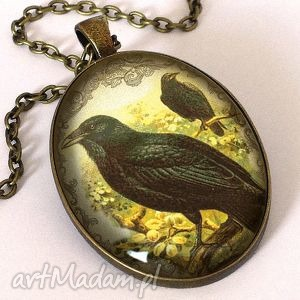 kruk - owalny medalion z łańcuszkiem - wiktoriański, ptak