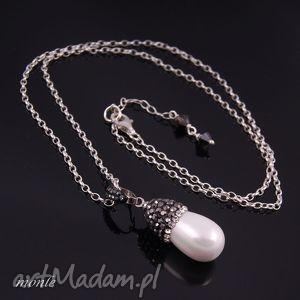 Wisiorek z białą perłą - ,perła,majorka,wisiorek,srebrny,markazyty,