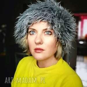 ręcznie robione czapki czapka damska futrzana na podszewce, wysoka, ciepła, w stylu boho