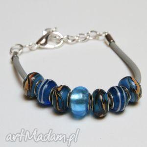 bransoletki niebieska bransoletka z szarej linki kauczukowej koralikami ze szkła