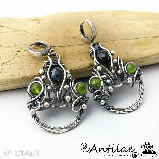 zielone kolczyki wirewrapping tesuta - spinel, peridot, wire