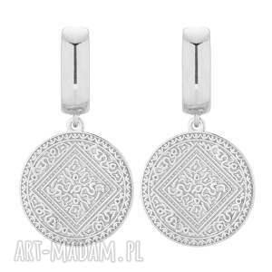 srebrne kolczyki z medalionami, medaliony, duże, masywne, koła, eleganckie