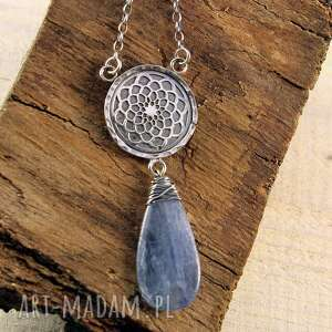 kyanit i słodka noc, srebrny wisior, mandala, kyanit, srebrne biżuteria, prezent
