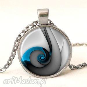 niebieski ślimak - medalion z łańcuszkiem, naszyjnik elegancki