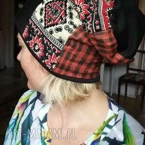 czapki czapka szyta patchworkowo damska smerfetka dobra na codzienne noszenie