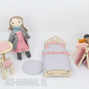 Lalka przytulanka z sypialnia i garderoba, lalka, szmacianka, domek,