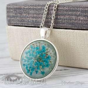ręcznie robione wisiorki medalion z prawdziwym kwiatem