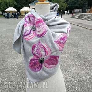 szara chusta handmade wełniana, chusta, wełna, merynosy, kwiaty, apaszka,