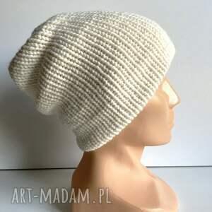 ręcznie robiona czapka smerfetka ecru - edycja limitowana, mieszanka z wełną