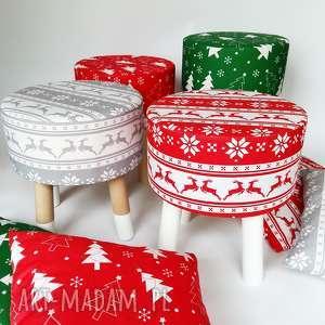 pokoik dziecka fjerne s zielona choinka - stołek w stylu skandynawskim, dzieci