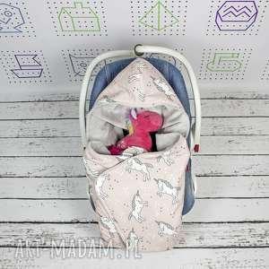 handmade dla dziecka kocyk do nosidła samochodowego jednorożce róż