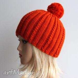 pomarańczowa czapka - pompon, warkocze, ciepła, wełna, czapka, zimowa
