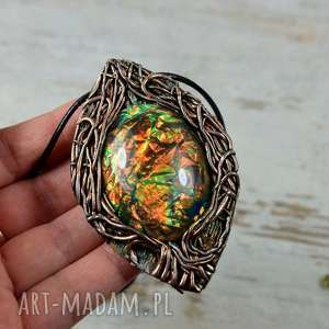 hand-made wisiorki magiczne drzewo duży wisior z pięknie mieniącym się kamieniem