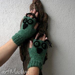 ręcznie wykonane rękawiczki zielone sówki