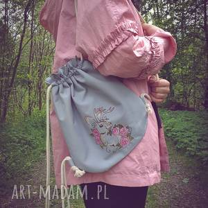 plecak worek mini pastelowy zając, plecakpastelowy, plecak, owrek, haft, zając