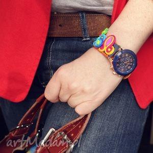 bajkowy zegarek z paskiem soutache, zegarek, sutasz, tęczowy, pasek