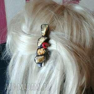 ozdoby do włosów spinka z surowym bursztynem mlecznym na klipsie