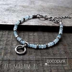 ręczne wykonanie srebro i akwamaryn - bransoletka z kamieniami zawieszkami